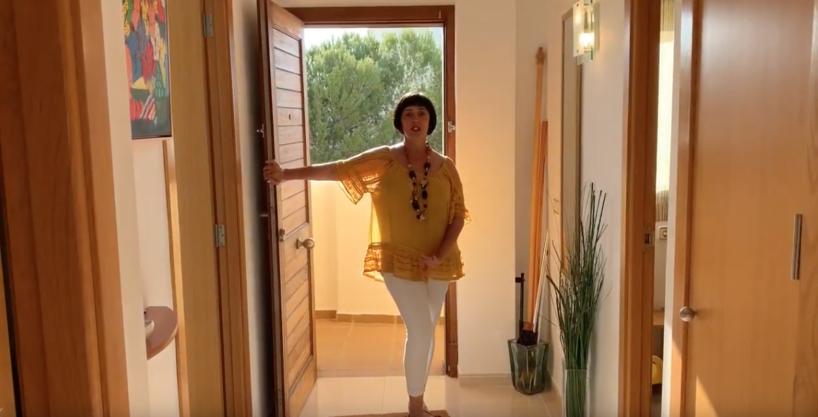 Duplex in Colonia Sant Jordi mit Meerblick und Blick auf Salinas. Dokumentarvideo zu sehen