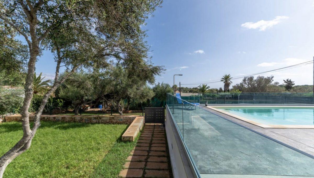 casa-piscina-cala-romantica-mallorca-video-home (2)