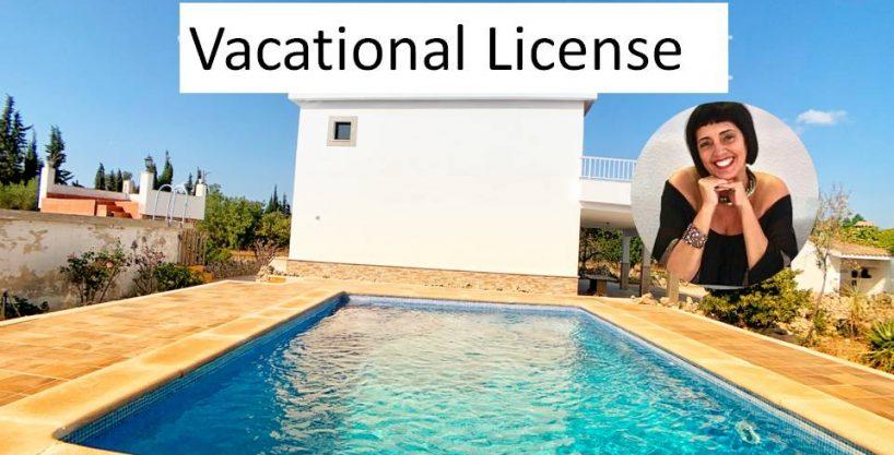 Finca Villa con casa recién reformada y piscina en Llubí .
