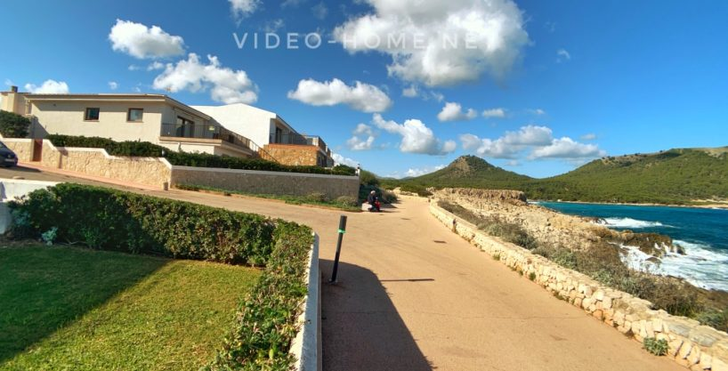 Casa en primera linea de mar, con vistas espectaculares en zona natural de Cala Rajada.
