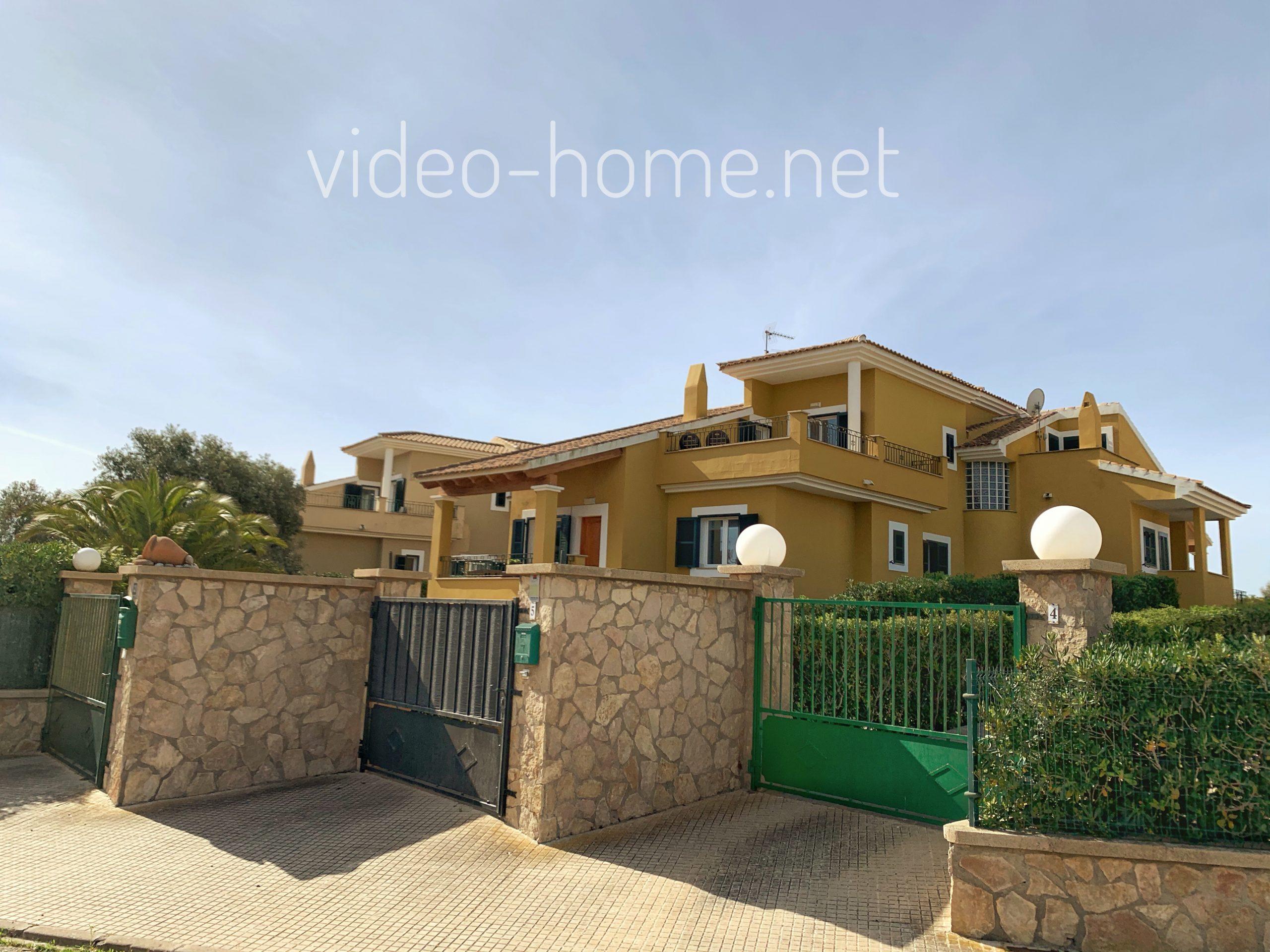 Preciosa casa con jardín a 2 minutos del mar en Calas de Mallorca.