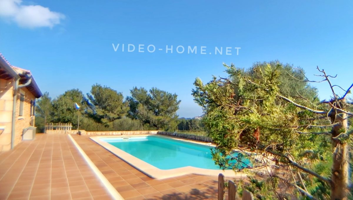 casa-con-piscina-cala-agulla-video-home-net (12)
