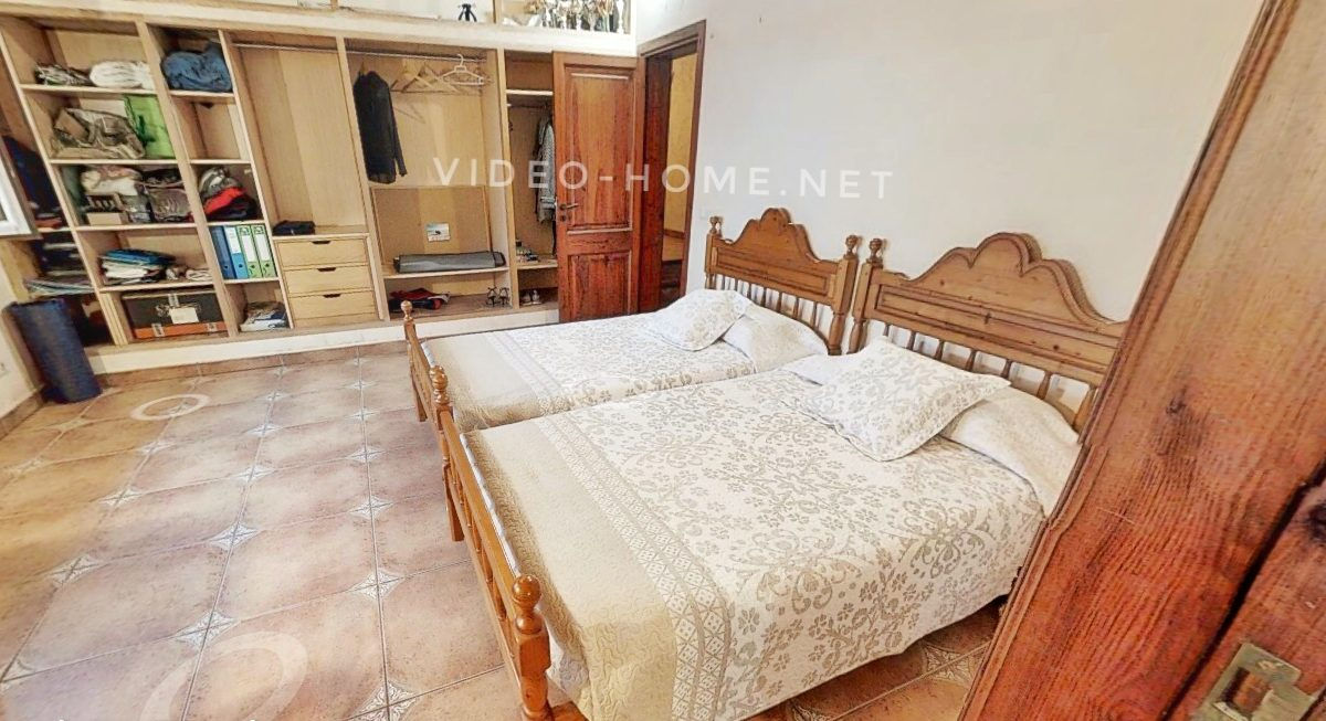 casa-con-piscina-cala-agulla-video-home-net (18)