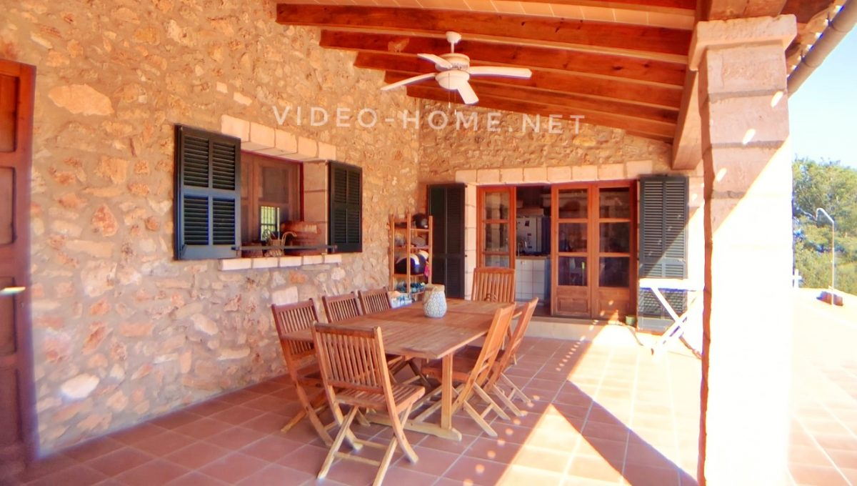 casa-con-piscina-cala-agulla-video-home-net (7)