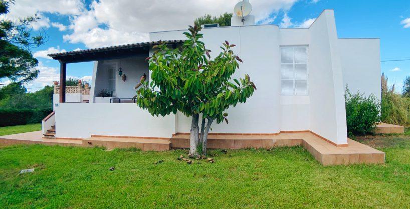 Casa con licencia vacacional junto a la playa de Cala Anguila de Porto Cristo