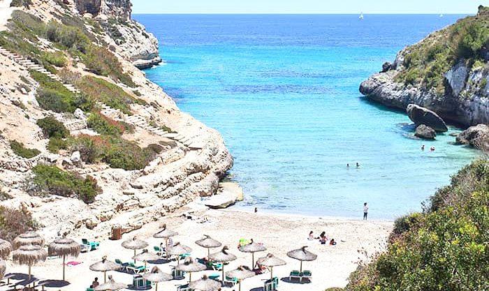 Apartamento-estudio en Calas de Mallorca, muy cerca de la playa .