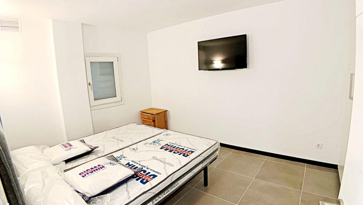 alquiler-piso-cala-bona-frente-al-mar-video-home (18)