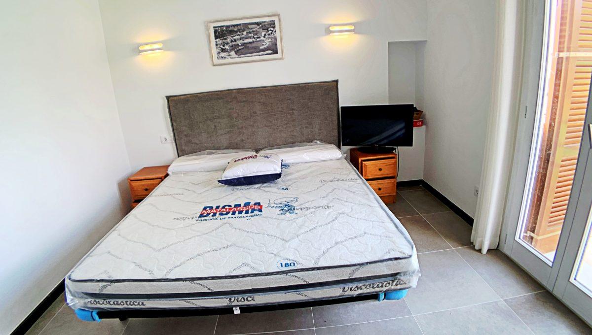 alquiler-piso-cala-bona-frente-al-mar-video-home (24)