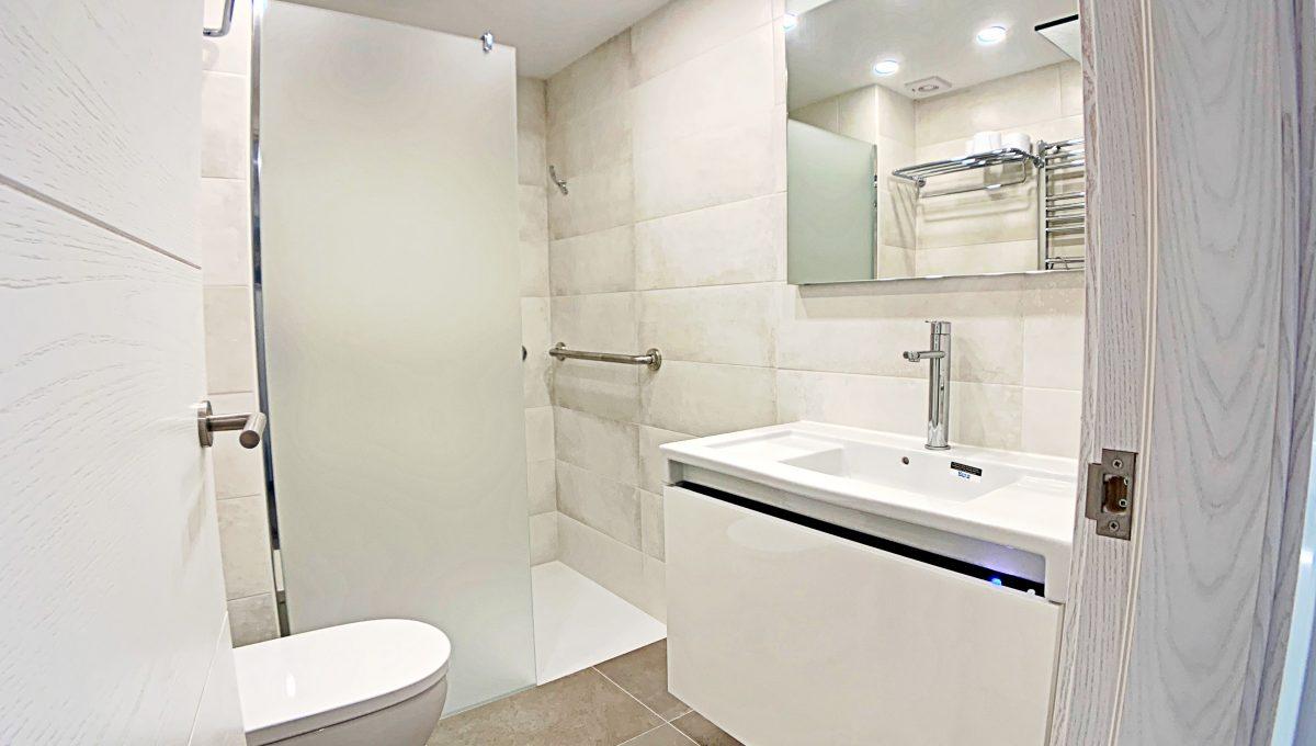 alquiler-piso-cala-bona-frente-al-mar-video-home (29)
