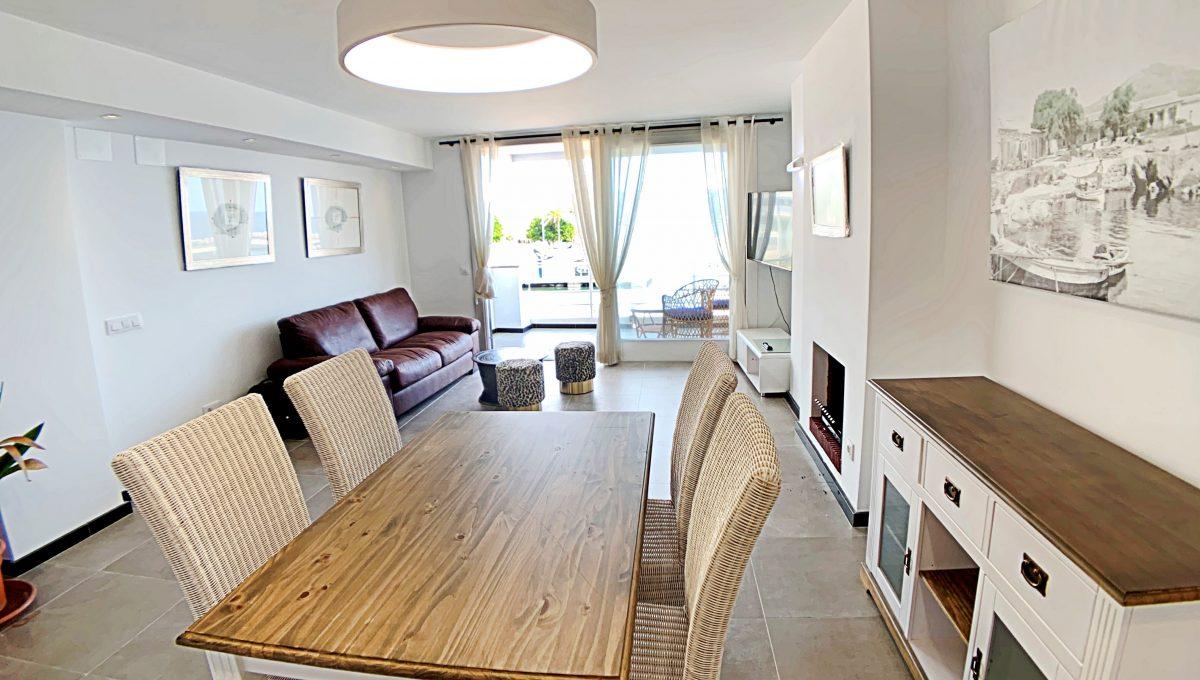 alquiler-piso-cala-bona-frente-al-mar-video-home (5)