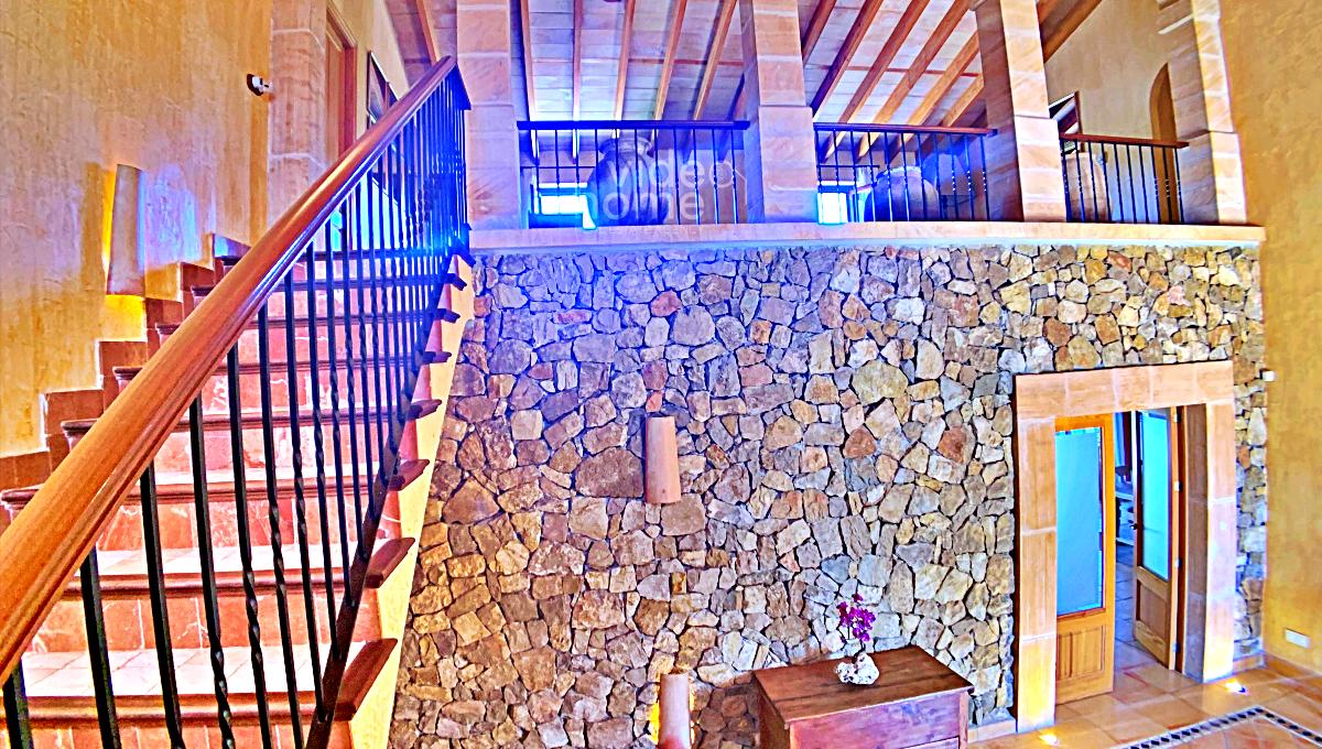 interior-finca-sant-llorenç-piscina-2 (24)