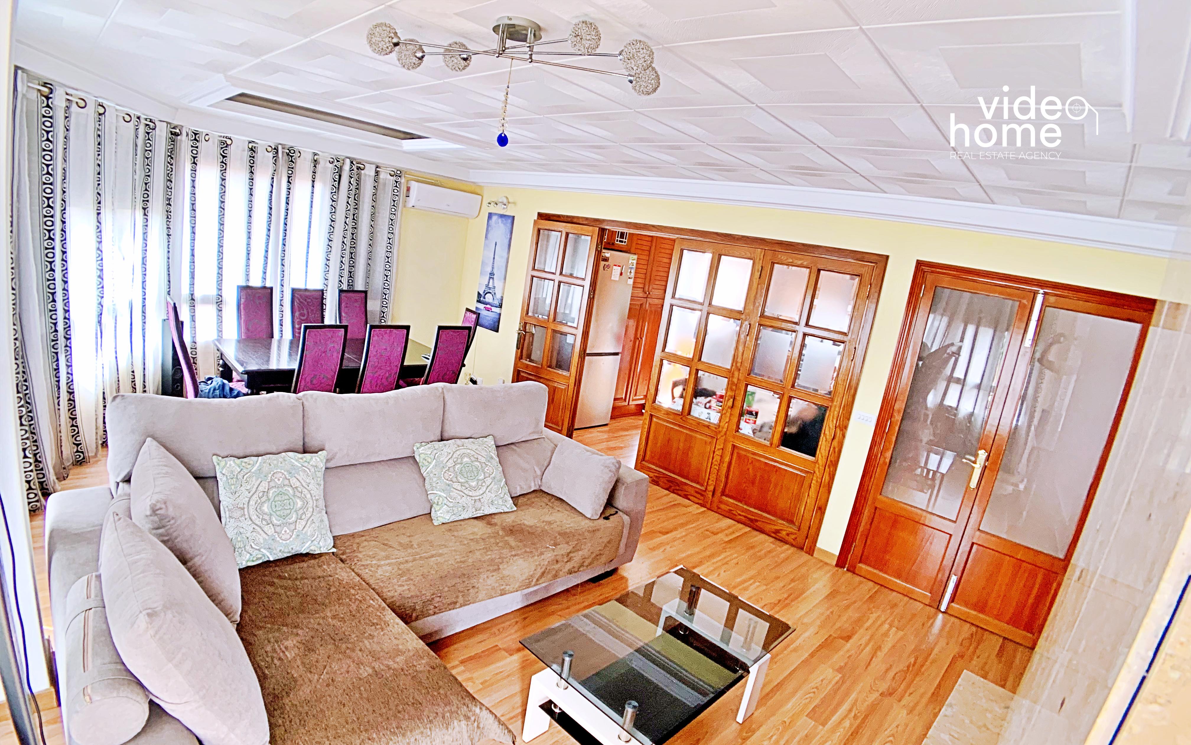 Piso en Manacor con amplia terraza superior.