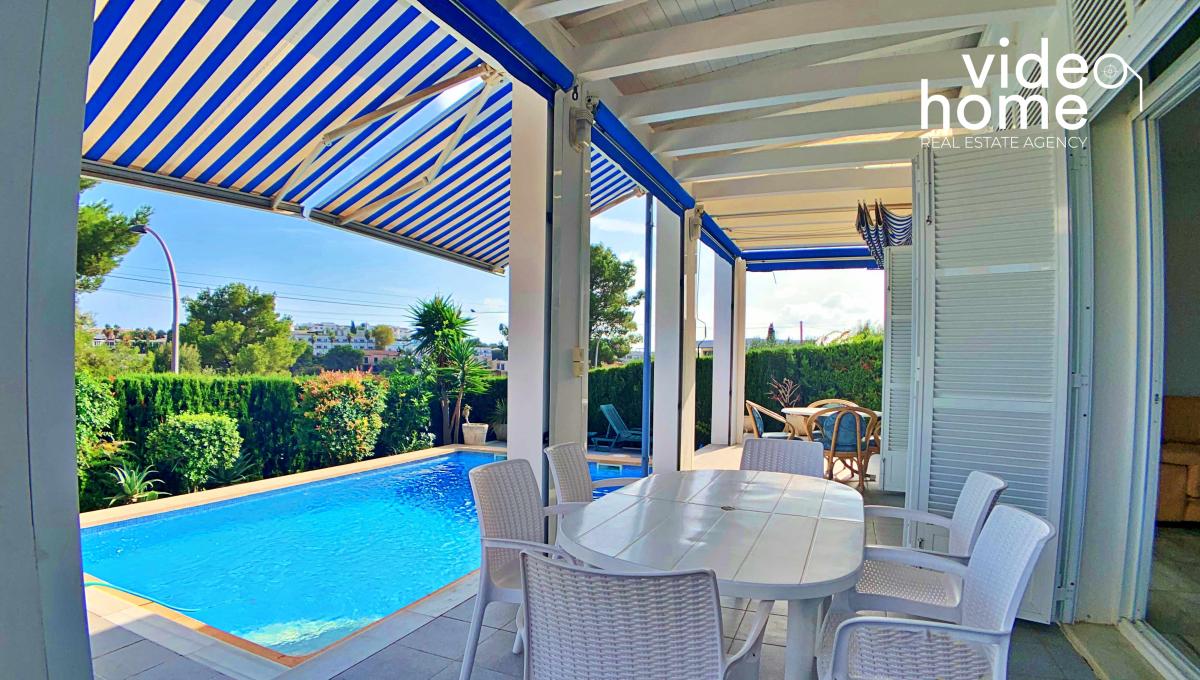 casa-chalet-piscina-vistas-al-mar-cala-mandia-mallorca-video-home (23)