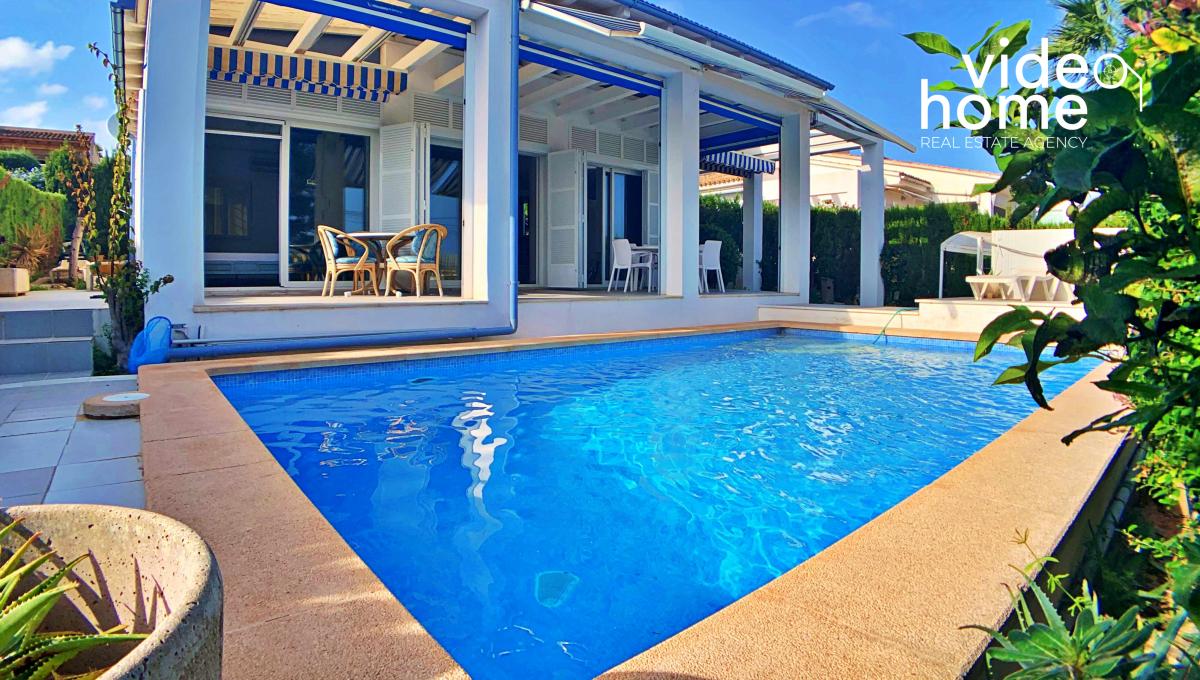 casa-chalet-piscina-vistas-al-mar-cala-mandia-mallorca-video-home (24)