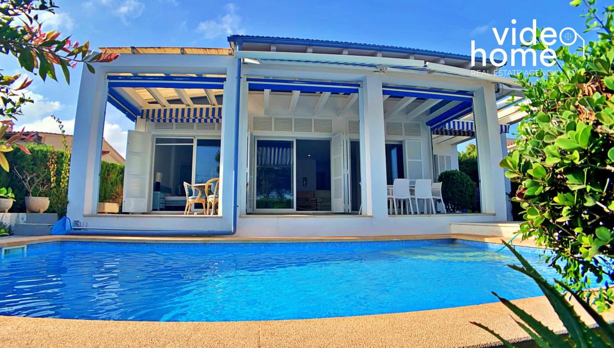 casa-chalet-piscina-vistas-al-mar-cala-mandia-mallorca-video-home (25)