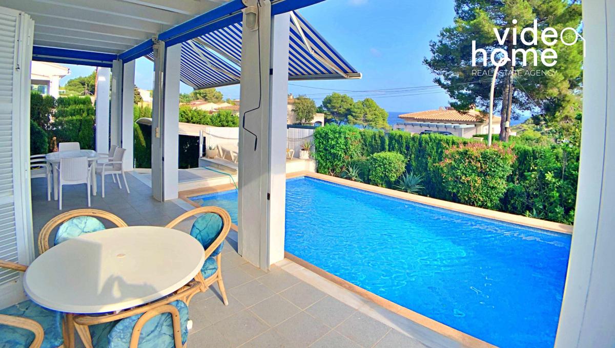 casa-chalet-piscina-vistas-al-mar-cala-mandia-mallorca-video-home (27)