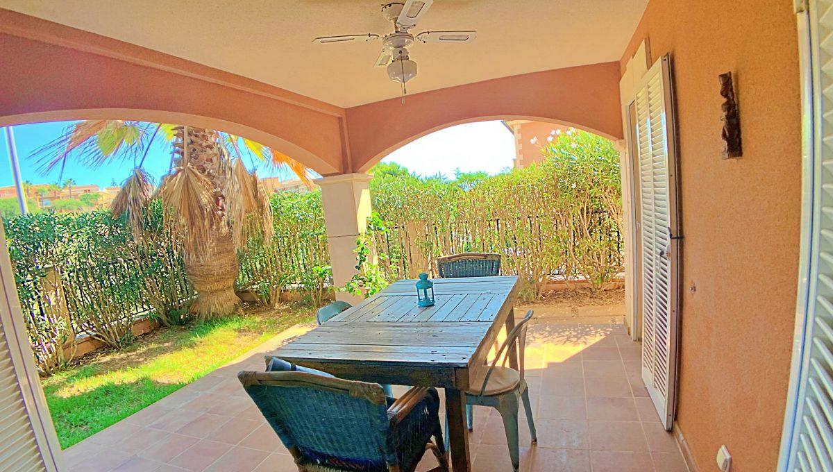 casa-planta-baja-jardin-piscina-playa-cala-mandia-mallorca-video-home (14)