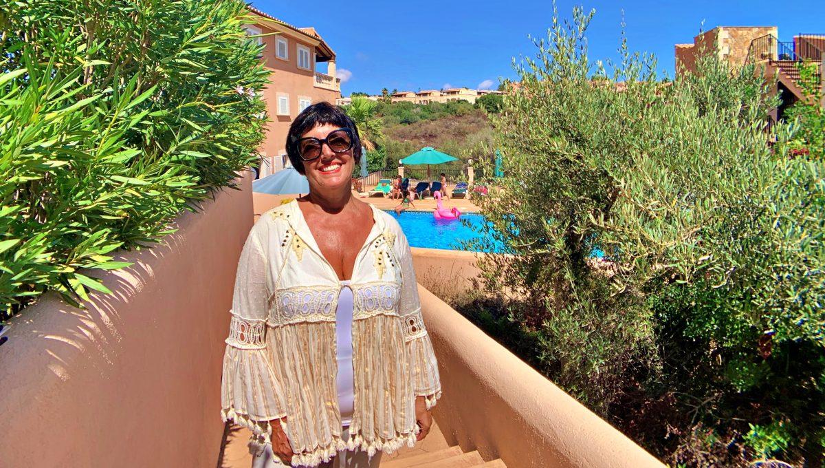 casa-planta-baja-jardin-piscina-playa-cala-mandia-mallorca-video-home (3)