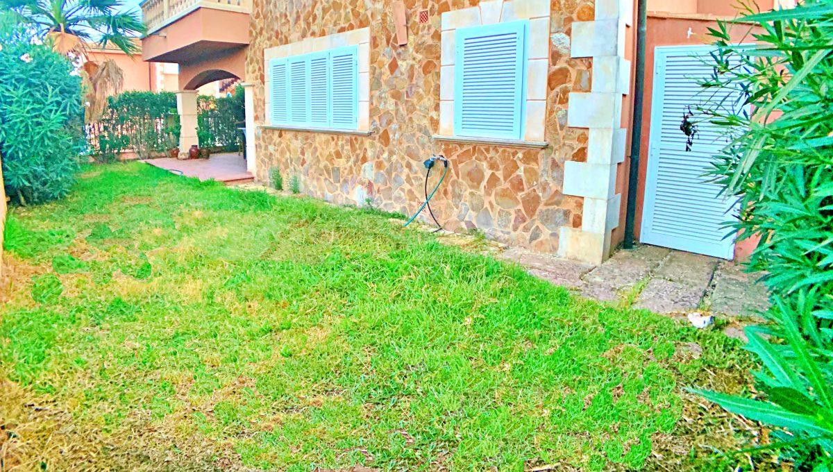 casa-planta-baja-jardin-piscina-playa-cala-mandia-mallorca-video-home (7)