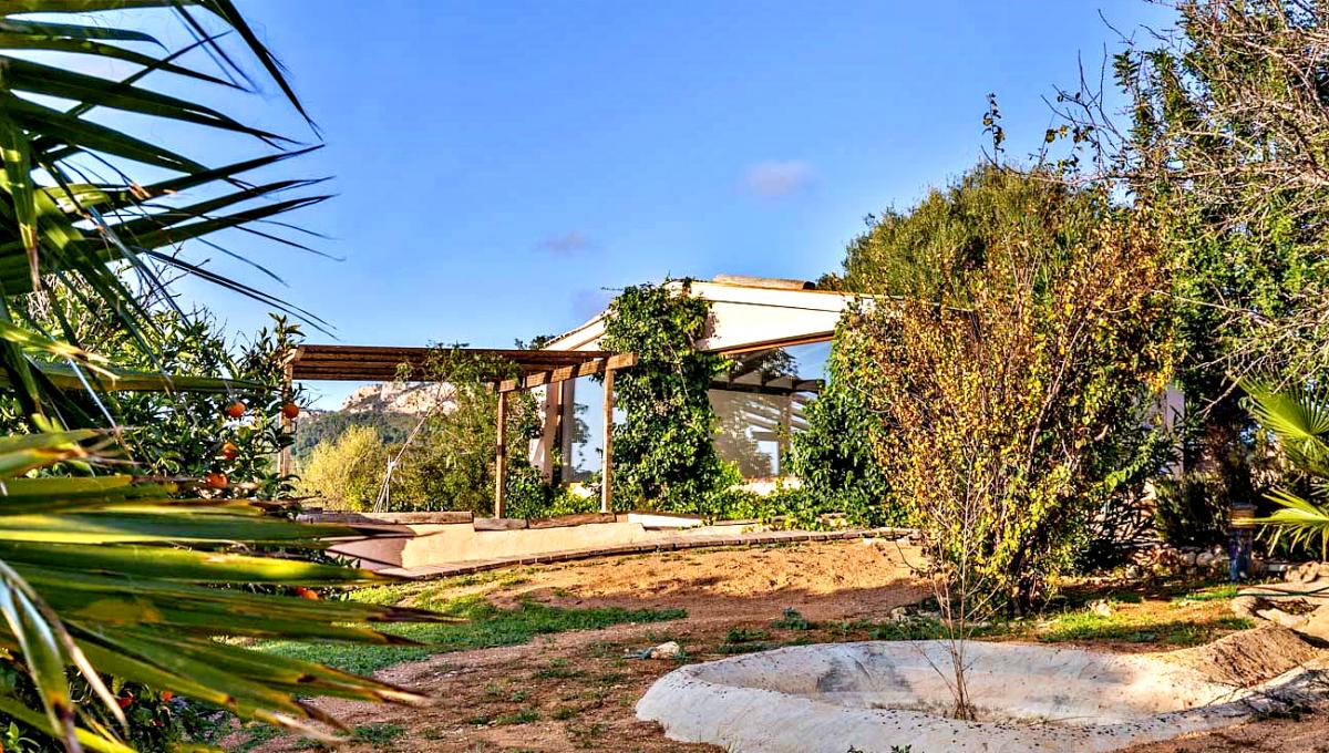 casa-villa-campo-vistas-panoramicas-piscina-son-macia-mallorca-video-home (11)