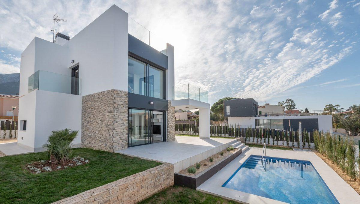 villa-chalet-piscina-colonia-sant-pere-mallorca-video-home (3)