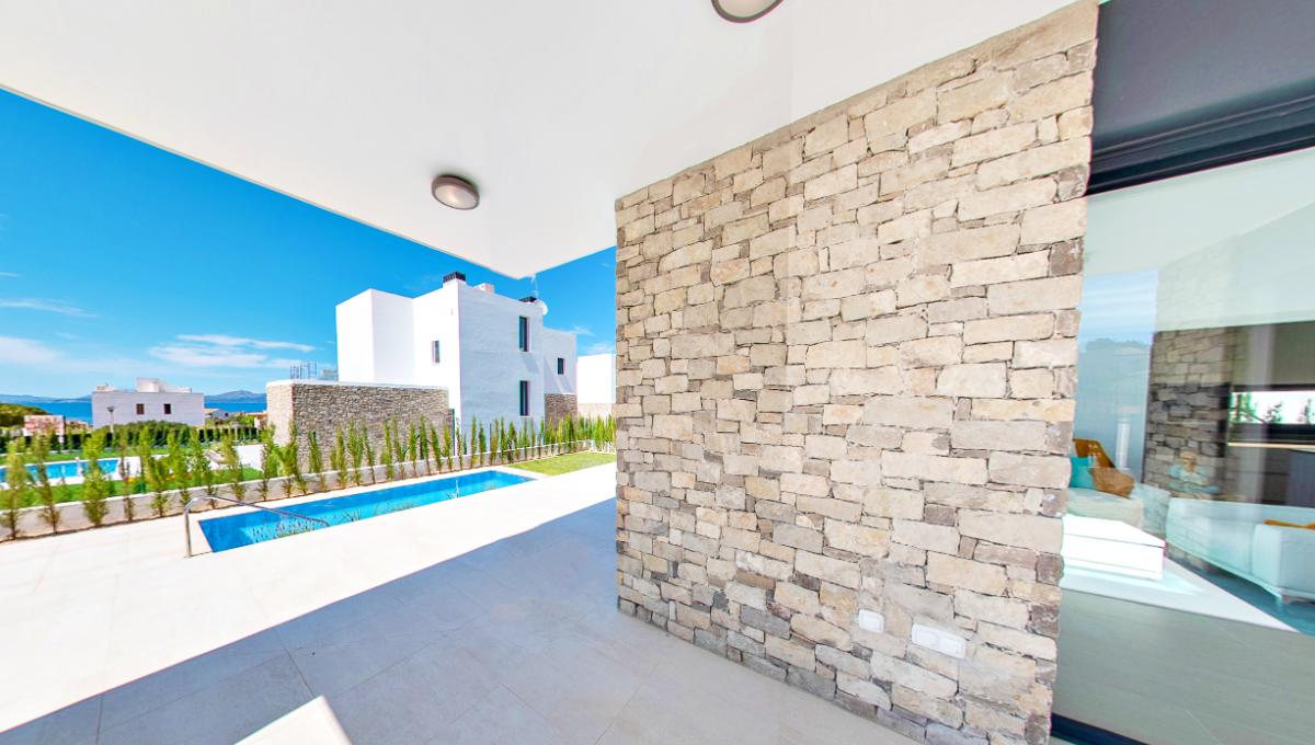 villa-chalet-piscina-colonia-sant-pere-mallorca-video-home (4)